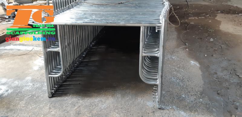 Dòng sản phẩm dàn giáo 9 tấc được sử dụng ở tầng trên cùng các công trình xây dựng