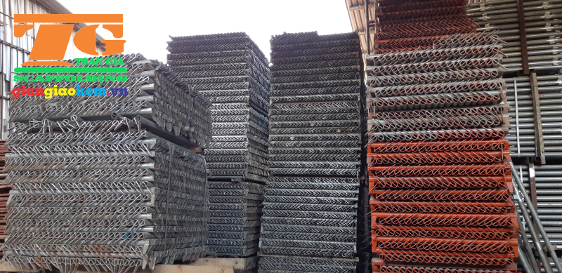 Tran Gia is a right scaffold supplier for constructions such as H scaffold, wedge scaffold and theirs accessories
